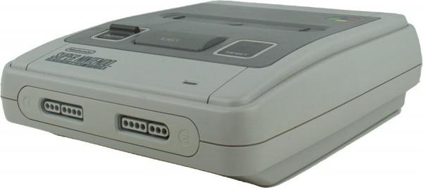 Super Nintendo / SNES Konsole